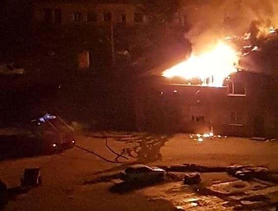 Под Запорожьем мощный пожар: горят склады (ФОТО, ВИДЕО) | Портал Акцент