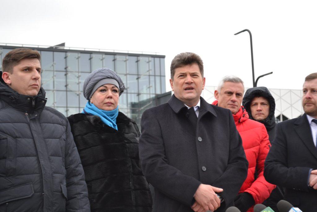 В Запорожье чернобыльцам выдают землю. Если твоя мама — депутат и член «Єднання» Буряка