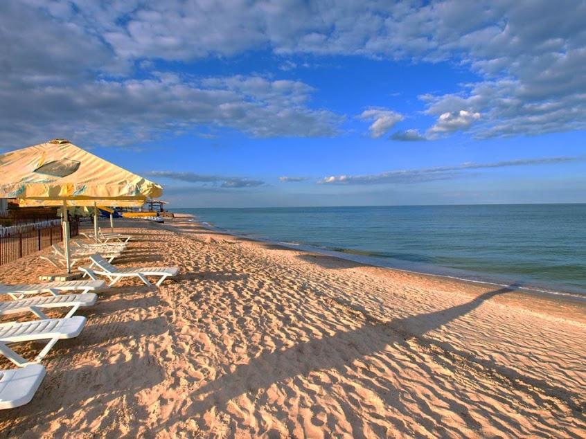 Курорты Азовского моря ждут посетителей: обзор цен на отдых-2020