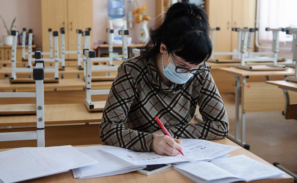 Стало известно, сколько школ в Запорожье смогут работать при усиленном карантине