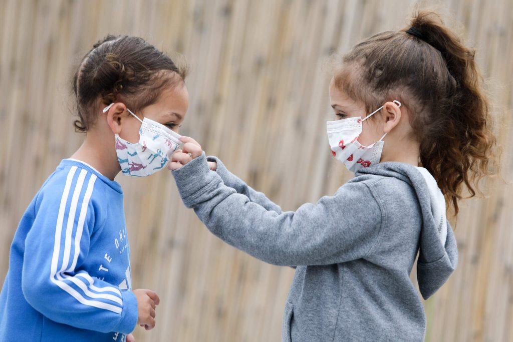 COVID-19 может стать преимущественно детской болезнью: новое заявление ученых