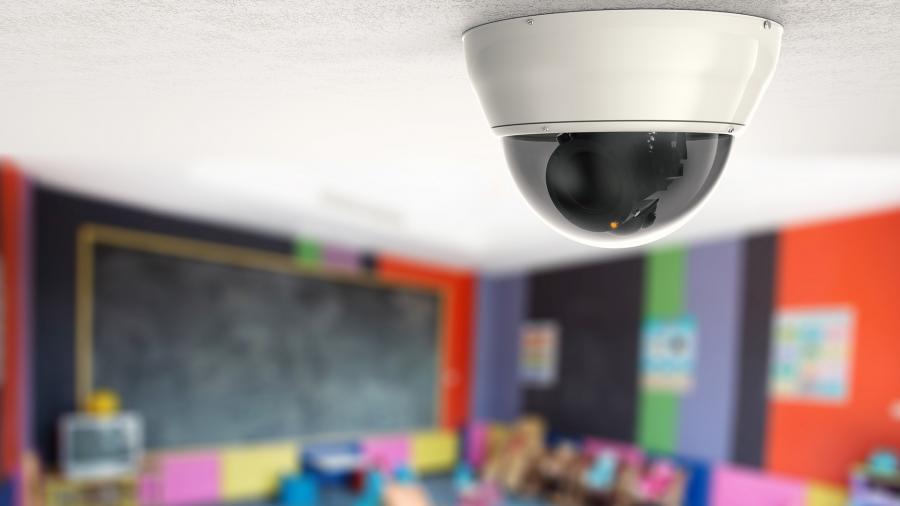 В мэрии Запорожье не поддержали петицию об установке видеокамер в школах: причины