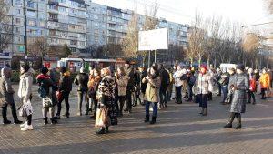 После локдауна начался штурм маршруток: запорожцы не могли уехать со спальных районов (ФОТО)