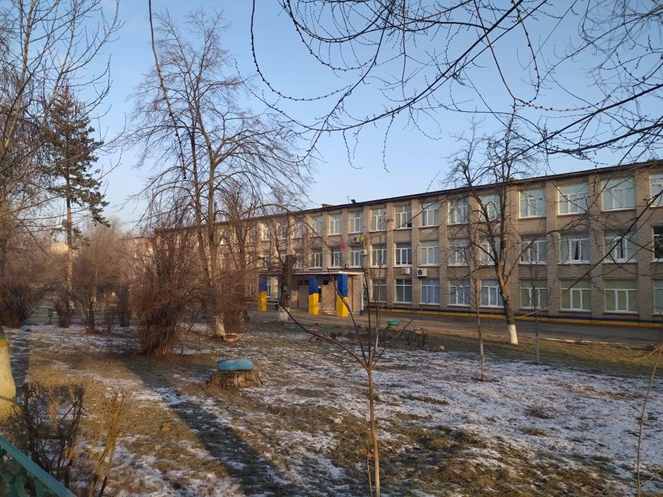 В одном из районов Запорожья закрыли школы и садики