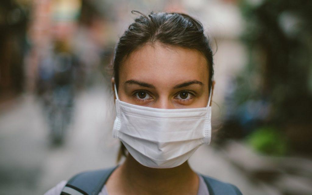 В Украине новые правила карантина: куда теперь не пустят без прививки