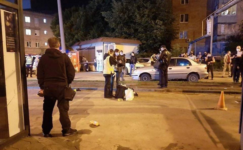 В Харькове мужчина бросил гранату под ноги окружающим: момент взрыва попал на ВИДЕО