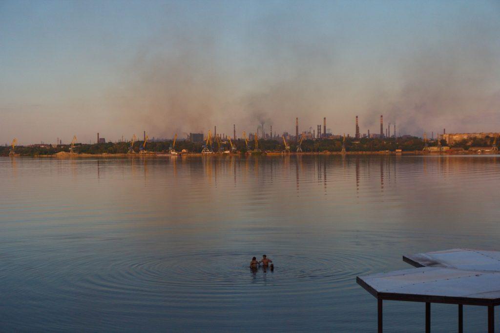 Часть Запорожья накрыло загрязненным воздухом (КАРТА)