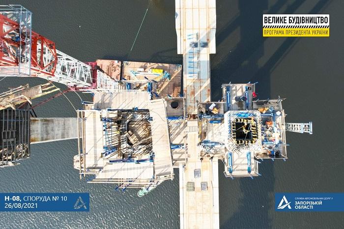 В самом разгаре: как продвигается строительство нового моста в Запорожье (ФОТО)
