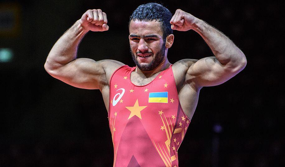 Олимпийский призер из Запорожья намерен купить жилье в Николаеве на премиальные деньги