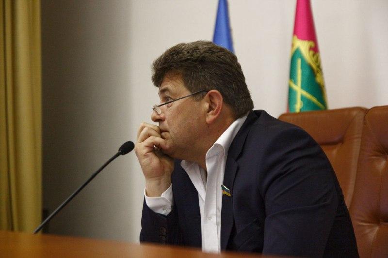 Буряку заносят деньги руководители КП и главы районов, на которые потом покупается недвижимость, — в чем полиция обвиняет мэра Запорожья