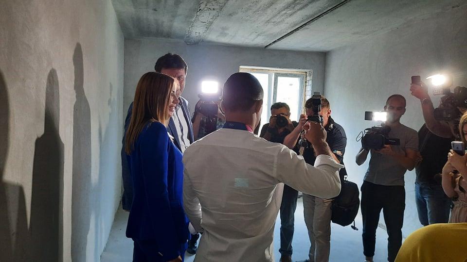 «Жду премии от мэра на ремонт»: как выглядит квартира, которую подарили Насибову в Запорожье (ФОТО, ВИДЕО)