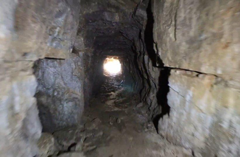 Здесь и сейчас ищут золото: брошенную шахту-прииск показали в Запорожской области (ВИДЕО)