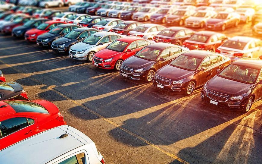 Запорожцы в августе купили в автосалонах машин на 8 млн долларов
