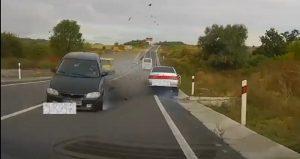 Камера засняла тройное ДТП на трассе в Запорожской области (ВИДЕО)