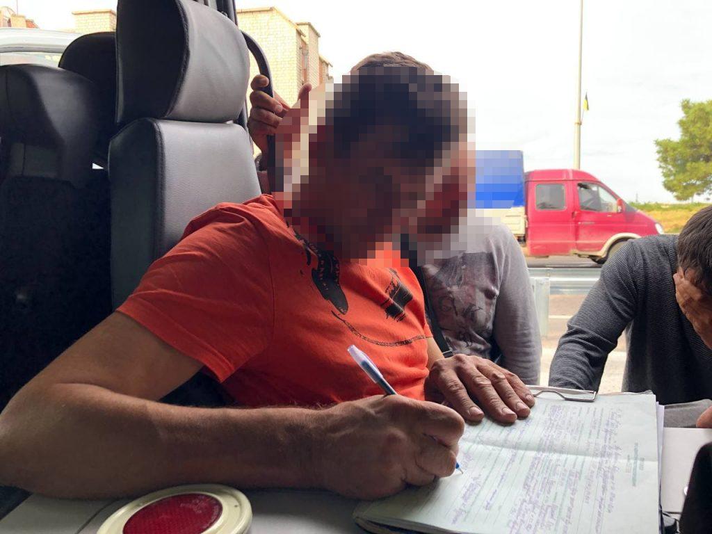В Бердянске мертвецки пьяный водитель поставил рекорд по количеству промилле (ФОТО, ВИДЕО)
