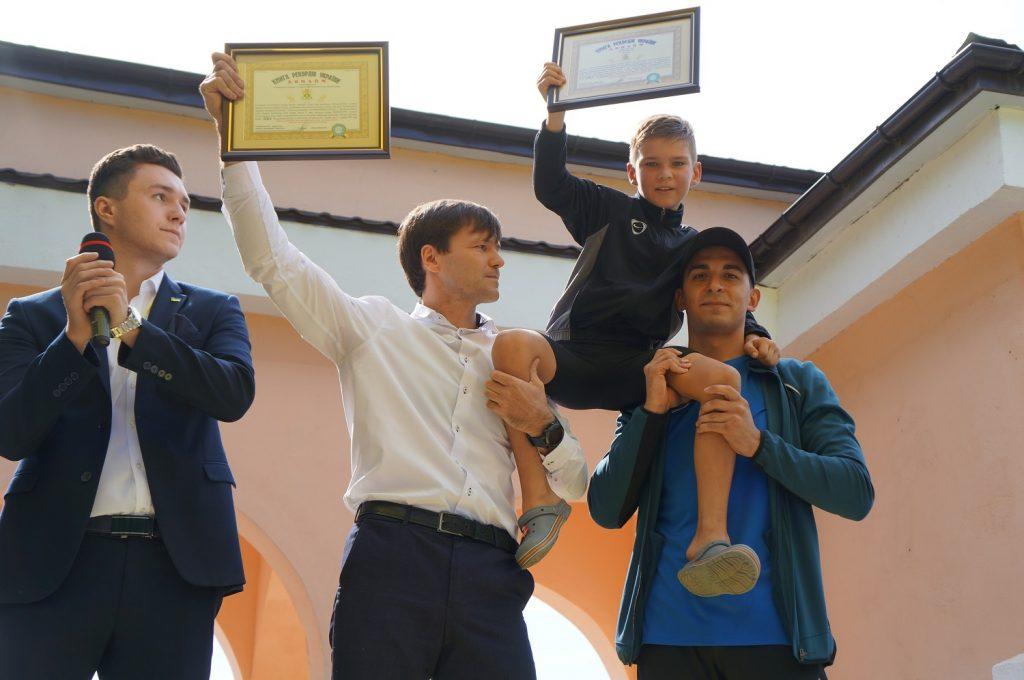 В Мелитополе 9-летний установил новый рекорд Украины по отжиманиям (ФОТО)