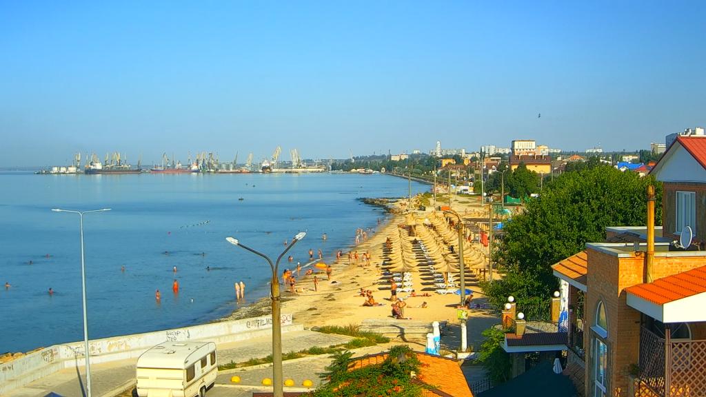Как выглядят пляжи Кирилловки и Бердянска 1 сентября (ФОТО)