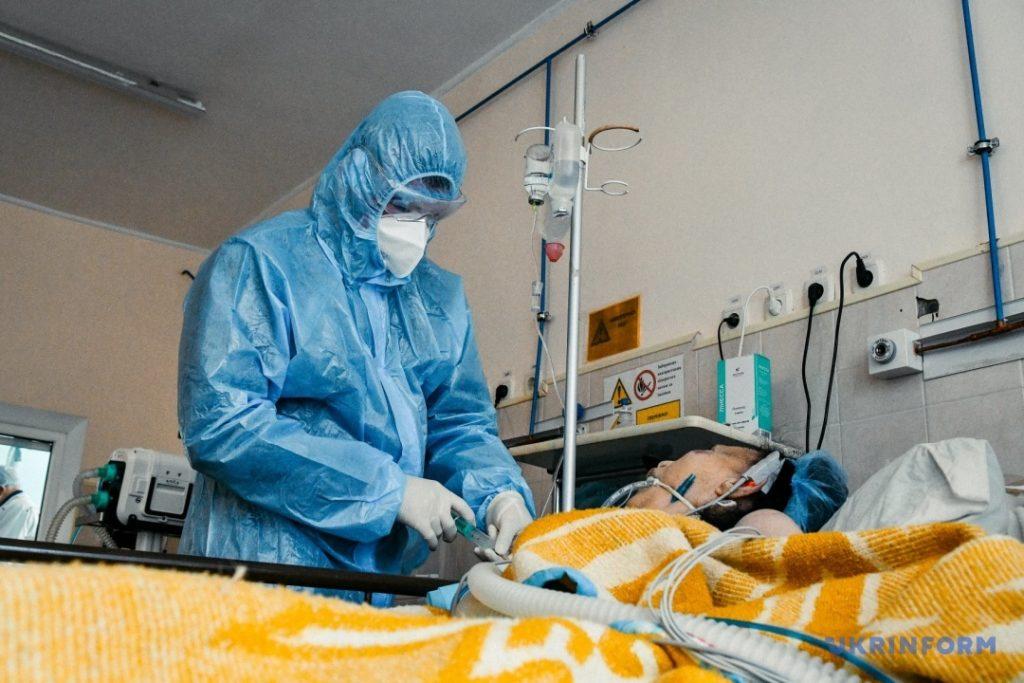 Запорожская инфекционка: насколько вакцинация защищает от тяжелых случаев COVID-19