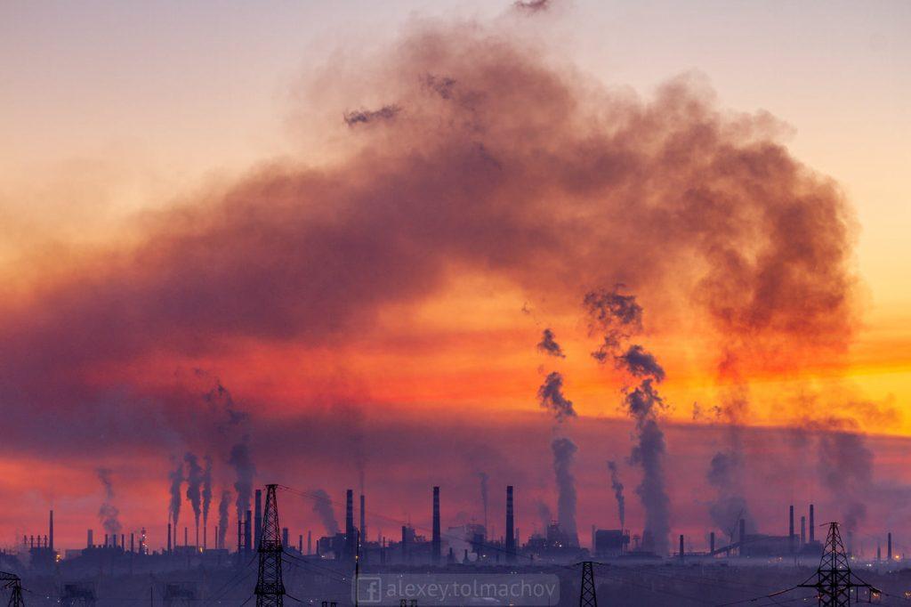 Часть Запорожья на 10 дней накроет выбросами: фотограф наглядно показал причину