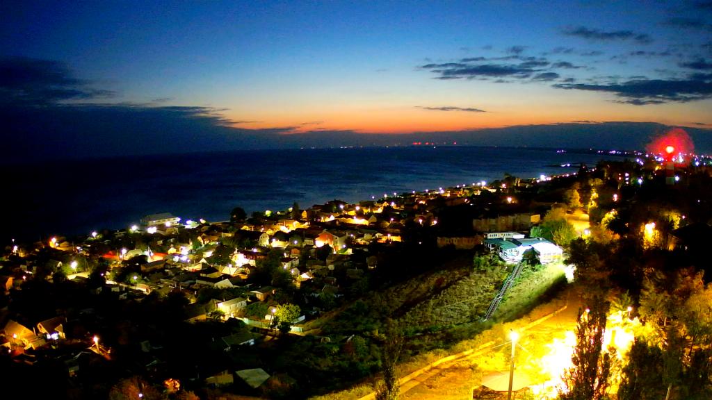 Красоту ночного Бердянска с видом на море теперь можно увидеть онлайн