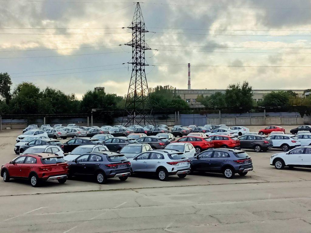 При покупке новых авто украинцы не выбирают модели ЗАЗа: ТОП-10 продаж сентября