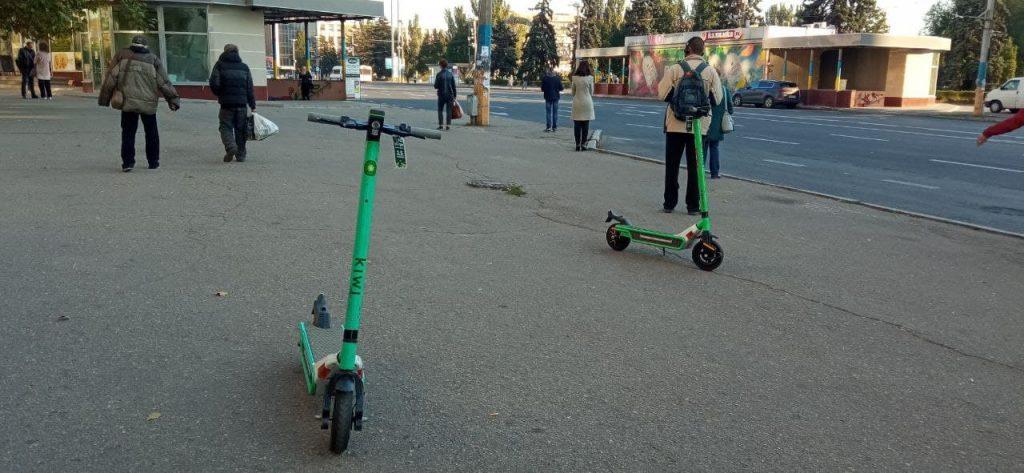 Электросамокат в действии: первый опыт на запорожских дорогах (ФОТО)