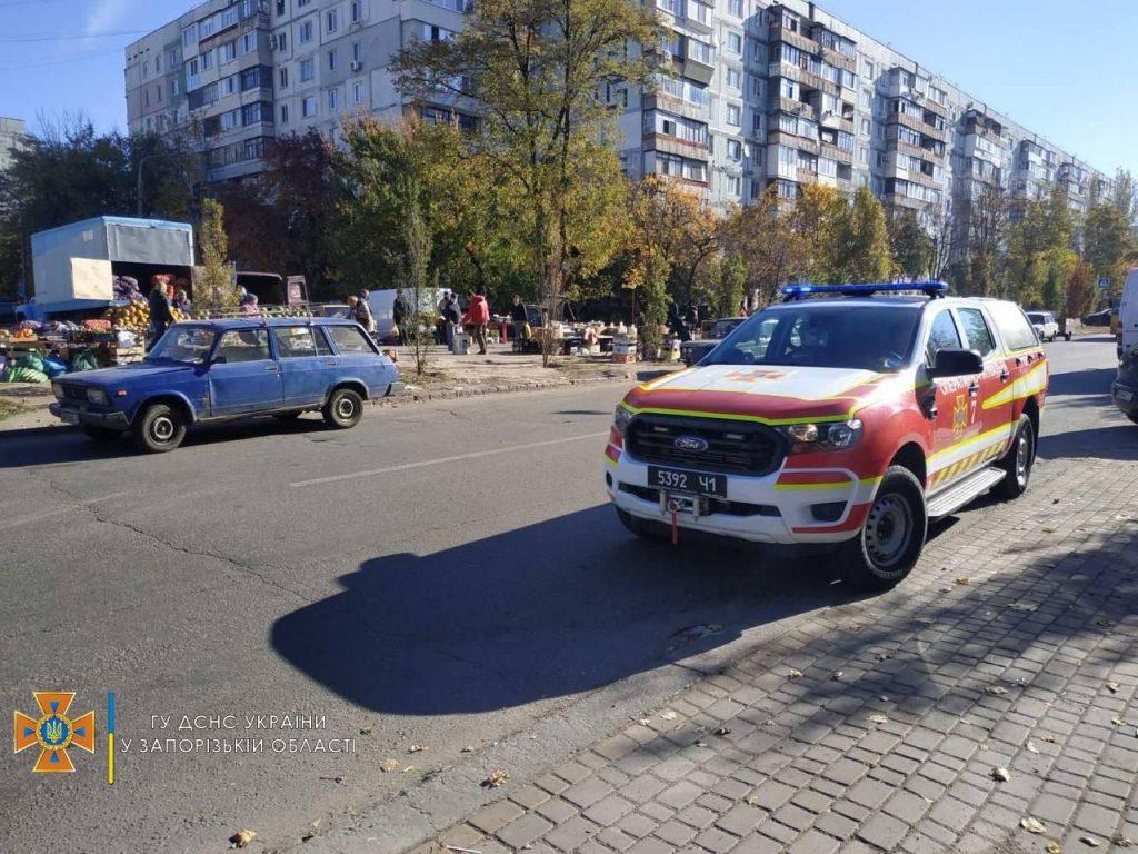 По Запорожью запустили спецтехнику с громкоговорителями (ФОТО)